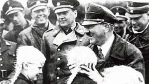 Allemagne : polémique autour d'une réplique du bunker de Hitler