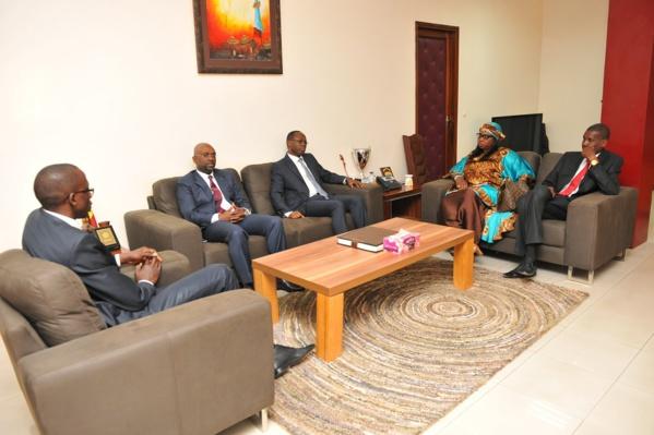 Photos : Visite des services de la Direction Générale des Impôts et des Domaines (DGID)