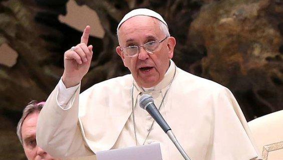 """Les vérités du Pape François sur l'attentat contre Charlie Heddo: """"On ne peut insulter la foi des autres..."""""""