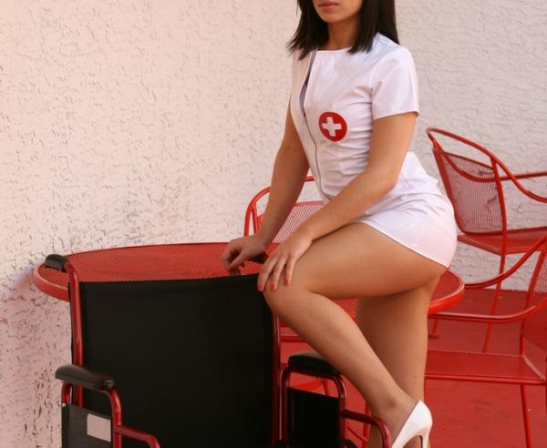 Top 10 des réalités sur les infirmières qui vont faire mal aux hommes