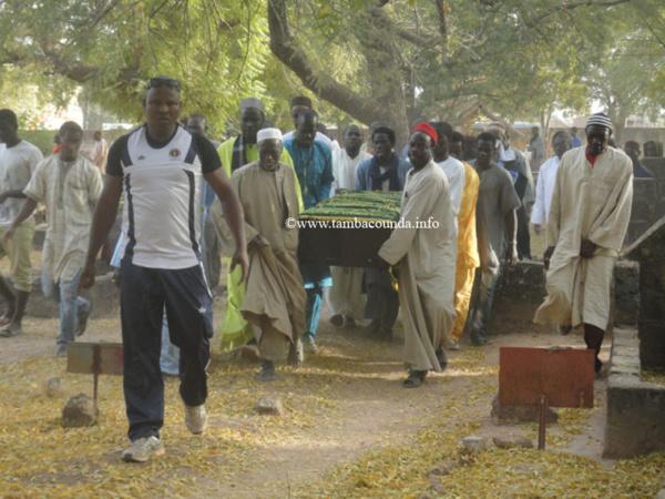 Photos - Tambacounda: Le Président du Conseil Constitutionnel Cheikh Tidiane Diakhaté porté en terre
