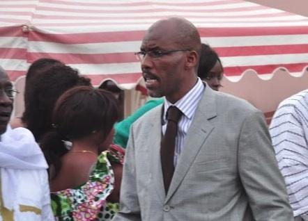 """Colonel Abdoulaye Aziz Ndaw clashe l'époux de Aminata Tall : """"Thierno Bâ n'existe que par d'autres personnes"""""""