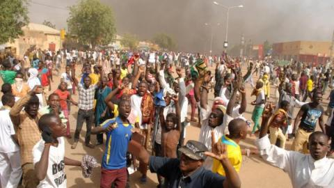 """Niger : deuil national de trois jours après les manifestations meurtrières anti-""""Charlie Hebdo"""""""