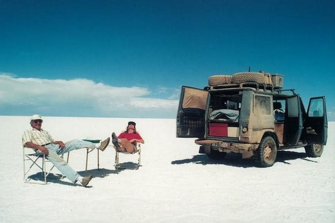 Partis pour quelques mois, ils ne sont jamais revenus... Leur road trip incroyable dure depuis 23 ans !
