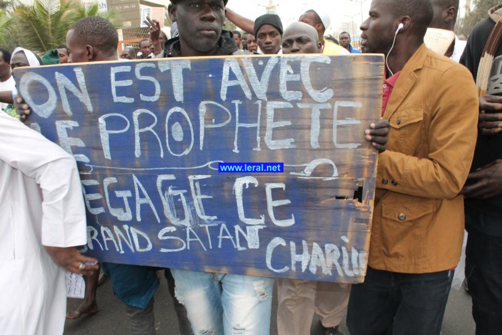 Photos - Manifestation contre Charlie Hebdo: Dakar est Mouhammed (PSL)