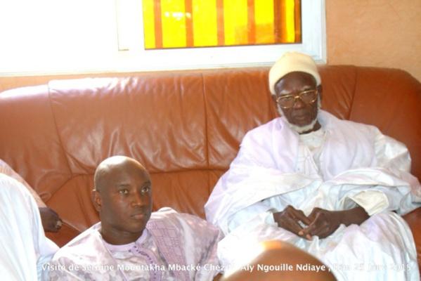 Photos - Visite de Serigne Mountakha Mbacké chez le ministre Aly Ngouille Ndiaye