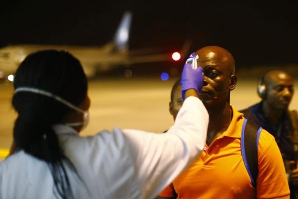 Côté Can : Un journaliste sénégalais retardé par le contrôle Ebola, du Ceebu jën et du café Touba au menu