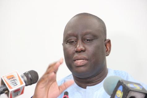 Passation de service à L'AMS : Aliou Sall tresse des lauriers à Abdoulaye Baldé