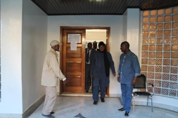 La justice doit mettre Me Wade en résidence surveillée (Ousmane War, Apr Benelux)