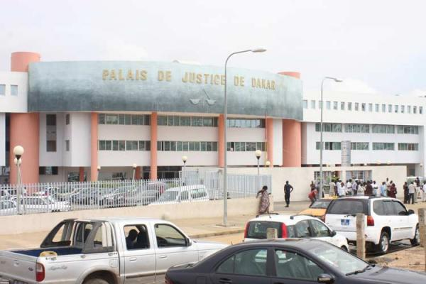 L'avocat de Agboba avertit : « Si le traitement ne cesse pas, il y aura une crise diplomatique entre le Sénégal et le Bénin »
