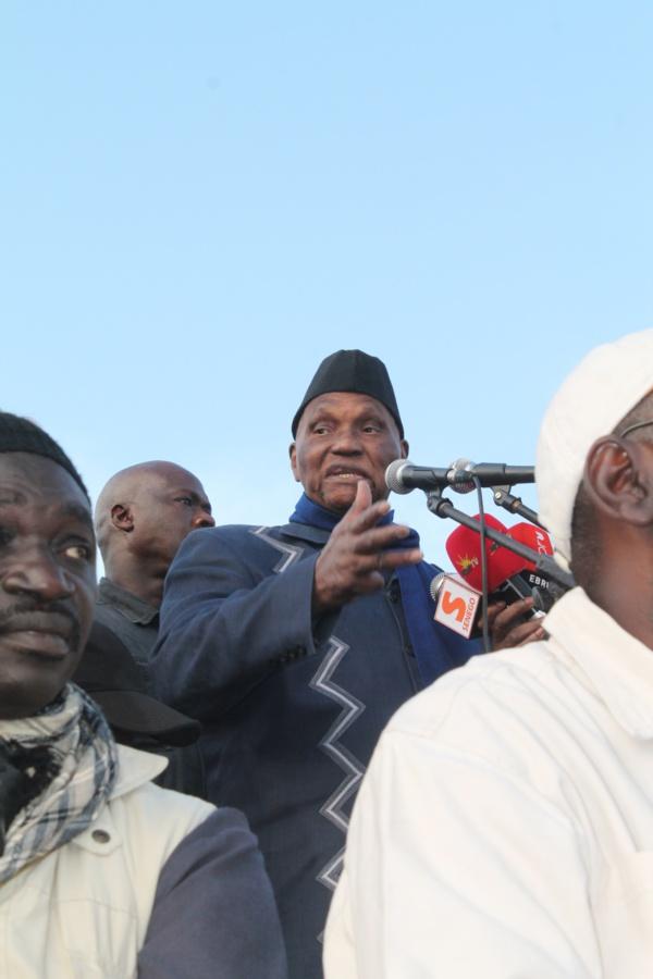 """Vidéo-Abdoulaye Wade se lâche: """"Karim Wade est mon fils; personne ne peut m'empêcher de réclamer sa libération"""""""