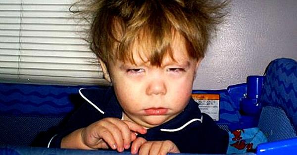 20 choses que les personnes qui détestent le matin pourront confirmer ! Saleté de réveil...