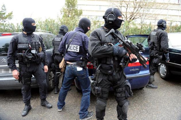 Marseille : la police visée par des tirs de kalachnikov