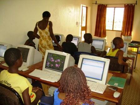 Technologie : L'Etat s'engage à assurer la protection des enfants contre les dangers de l'internet