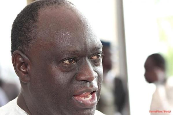 Me El Hadji Diouf traite Gaston Mbengue de terroriste verbal et menace de le traduire en justice