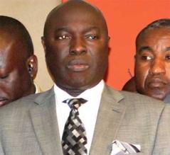 """Arona Coumba Ndoffène Diouf """"apérise"""" son mouvement"""