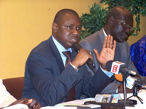 Cérémonie de levée du corps : Télescopage entre Me Wade et Benoît Sambou chez Mouhamadou Lamine Keita