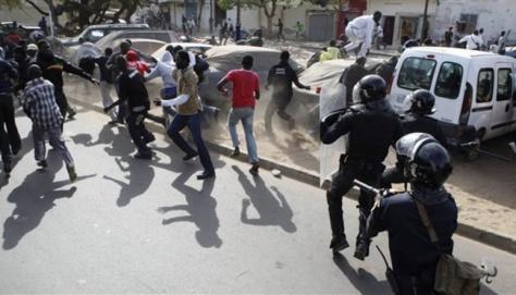 Sédhiou :  Des jeunes  'y'en a maristes' tabassés et arrêtés à l'accueil de Macky Sall