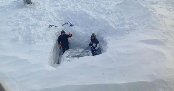 22 photos de chutes de neige au Canada où on se croirait dans un film catastrophe ! Impressionnant.