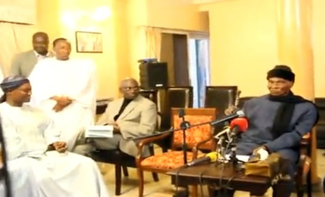 Me Abdoulaye Wade recoit le Grand cadre des enseignants sur leur demande