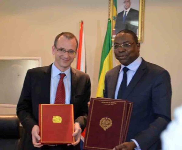 Accord de partenariat: Dakar et Londres s'engagent pour la fin de la double imposition