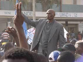 En voulant sauver son fils, Abdoulaye Wade tue le PDS (Leral)