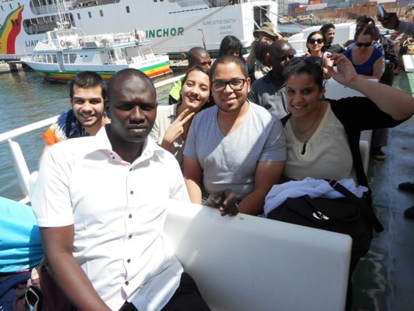 Muslim INT visite le Sénégal et offre du matériel informatique à l'école de Doumga Ouro Alpha