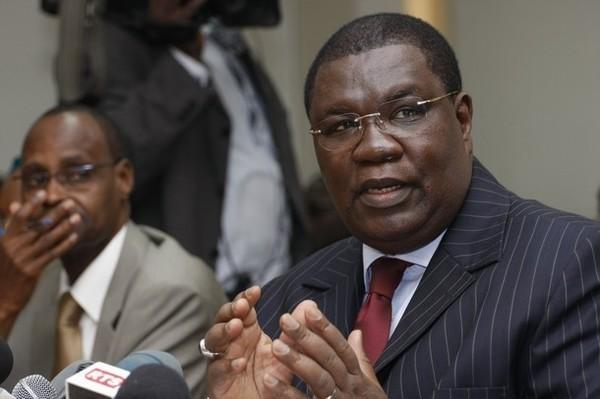 "Ousmane Ngom : ""Je présente mes excuses à Macky Sall"""