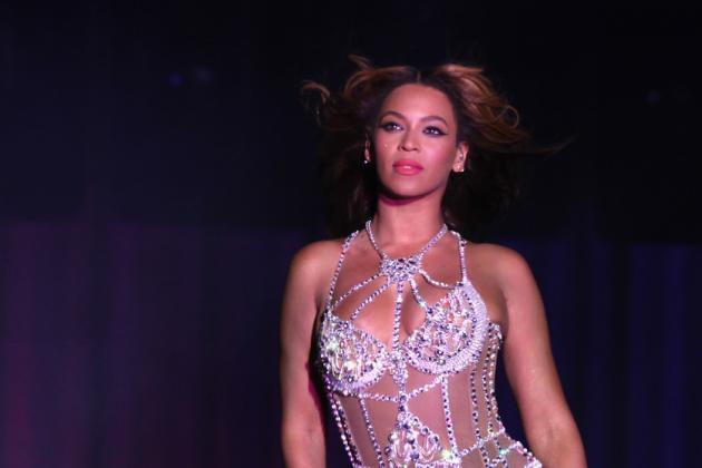 Beyoncé ou Lady Gaga lancent un appel à Angela Merkel