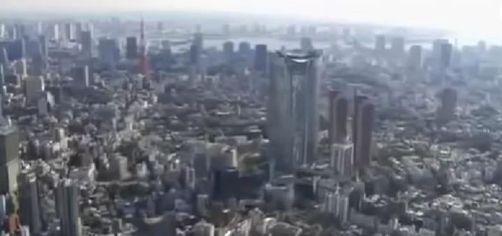 Documentaire:Enquete exclusive reportage la folie des grandeur de dubai a shangai