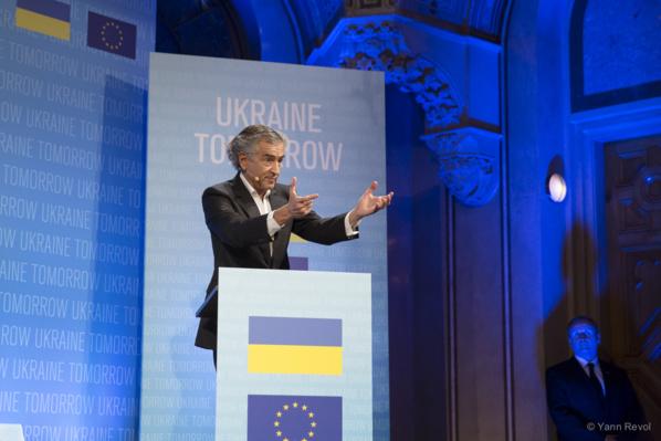 Un plan Marshall pour l'Ukraine, par Bernard-Henri Lévy, publié sur le Huffington Post, le 5 mars 2015