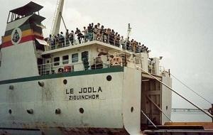 """L'hélice en bronze du bateau """"Le Joola"""" dérobée : il ne reste que plus ça"""