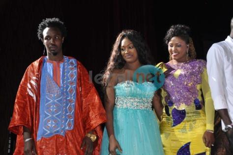 Les animateurs de Sen Tv Cheikh Sarr et Alima Ndoye avec Titi