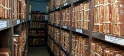 Archives nationales : Délocalisation critique