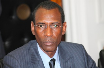 """Le ministre de l'Intérieur clôt le débat sur l'""""ingérence"""" de l'ambassadeur de France dans le dossier Karim Wade : «Il appartiendra au seul juge de se déterminer»"""