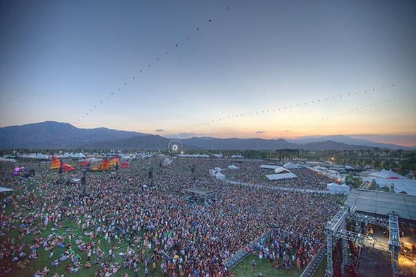 15 festivals que vous devez faire au moins une fois dans votre vie. Le 9 est tellement énorme !