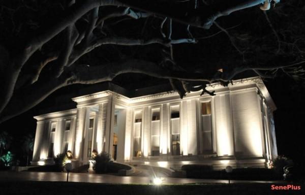 """06 libéraux arrêtés : Macky Sall a-t-il peur d'un coup d'Etat ? La """"Presse du Palais"""" entre en action demain"""