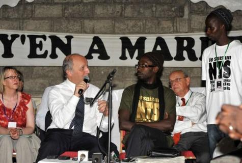 """Les responsables de """"Y en a marre"""" sont bien traités, assure le Consul général du Sénégal au Congo"""