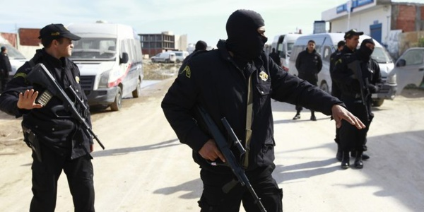 Attaque terroriste en Tunisie: quatre Français blessés, selon une source diplomatique française