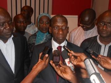 """Mamadou Diop Decroix, coordonnateur du Fpdr : """"Le feu est déjà dans le pays"""""""