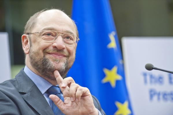 Le président du Parlement européen tresse des lauriers à Macky Sall