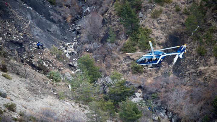 """Crash du vol A320 : Le copilote a eu """"une volonté de détruire l'avion"""""""
