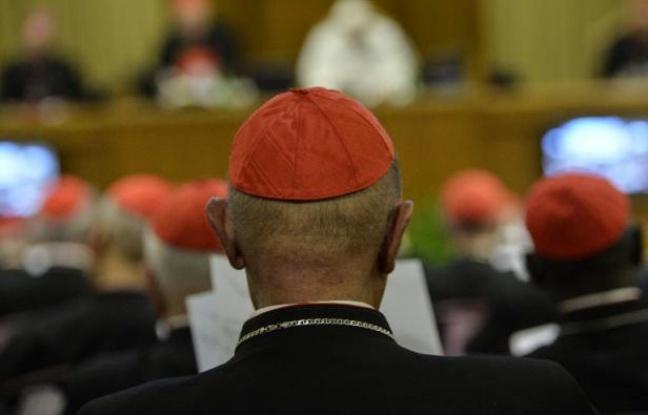 Pédophilie: pressions sur le pape pour révoquer la nomination d'un évêque au Chili