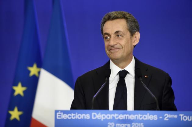 Elections départementales : la droite l'emporte, la gauche s'effondre