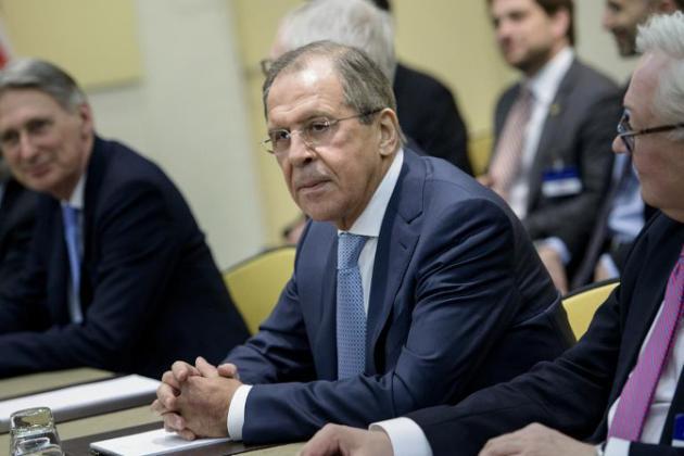 """Nucléaire iranien: les discussions avancent mais """"lentement"""""""