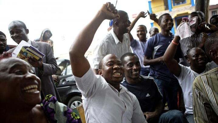 Présidentielle au Nigeria: le camp Buhari revendique la victoire