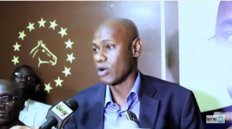 """Transhumance politique : """"L'interdire serait une violation de la loi"""", selon Youssou Touré"""