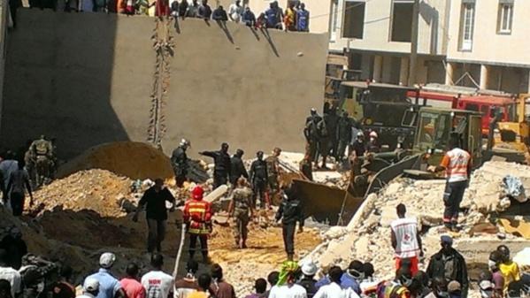 Effondrement d'un immeuble à Thiaroye sur Mer : trois personnes encore coincées sous les décombres