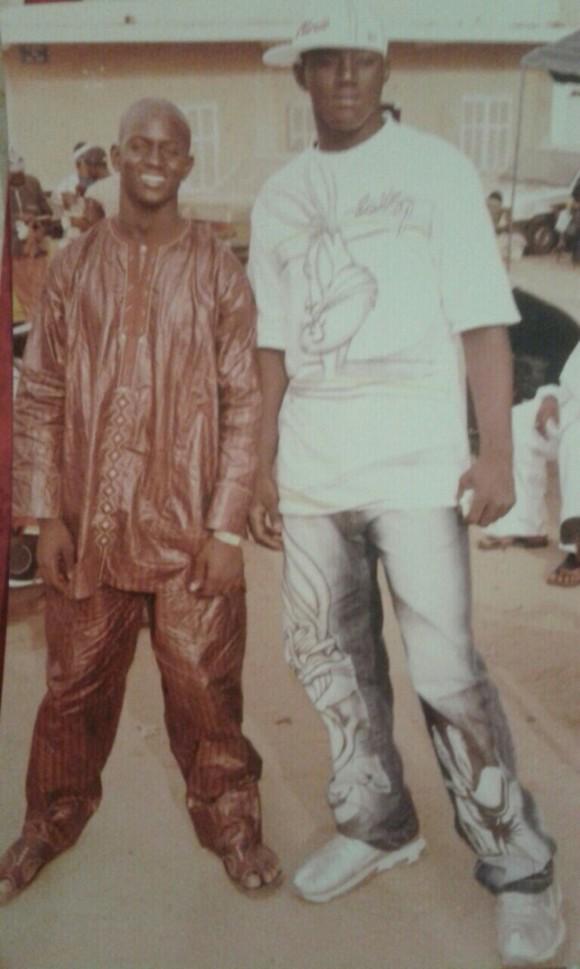 Balla Gaye II en compagnie de Baye Ndiaye, le frère du promoteur Aziz Ndiaye à ses débuts en 2005. Regardez