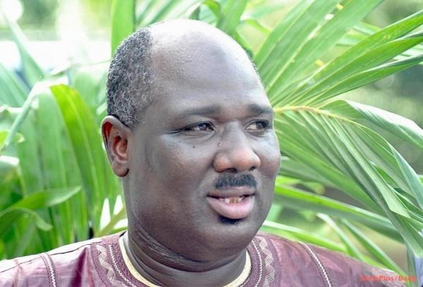 """Farba Ngom persiste et signe : """"Le Président Sall fera un mandat de 7 ans"""""""